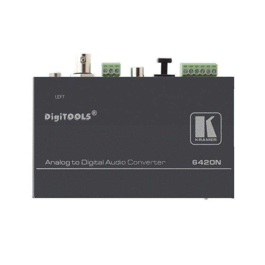 Konwerter cyfrowych sygnałów audio. Przetwarza formaty AES/EBU, AES-3id, S/PDIF i Toslink® do dwóch kanałów symetrycznych oraz na wyjście słuchawkowe.