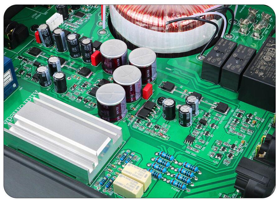 wzmacniacz słuchawkowy MUSICIAN Andromeda Wzmacniacz sluchawkowy klasa A radiator wewnętrzny
